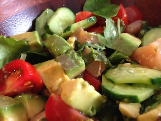カジキマグロとアボカドのサラダ