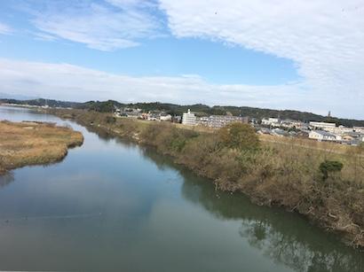 宮崎市の大淀川を橋の上から眺めてみた