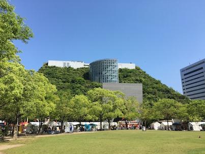 初夏!新緑の福岡天神中央公園とアクロス山