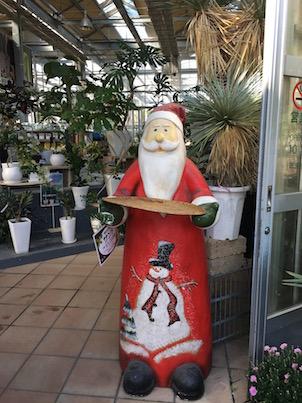 春日の平田ナーセリーのクリスマスオブジェ